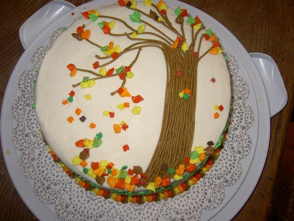 The gallery for fall sheet cake ideas for Autumn cake decoration