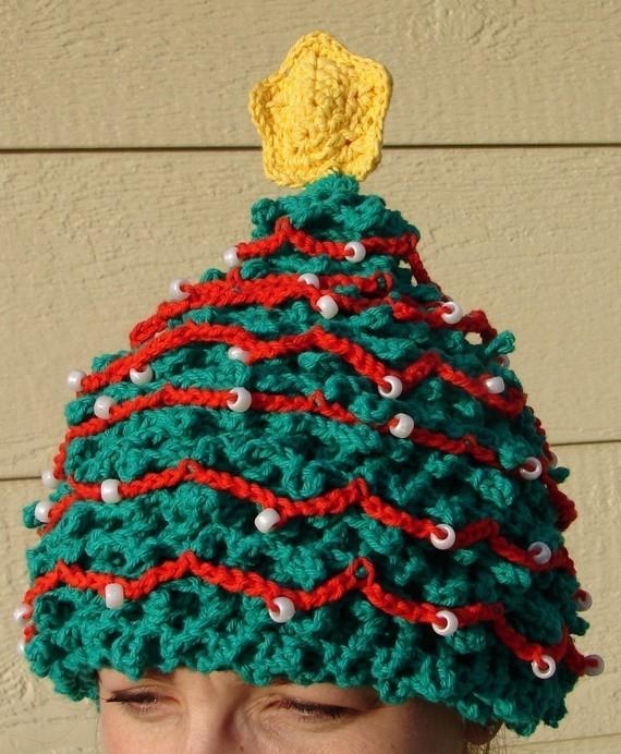 Christmas Tree Hats: Fun(ny) Find…Bearded Beanies